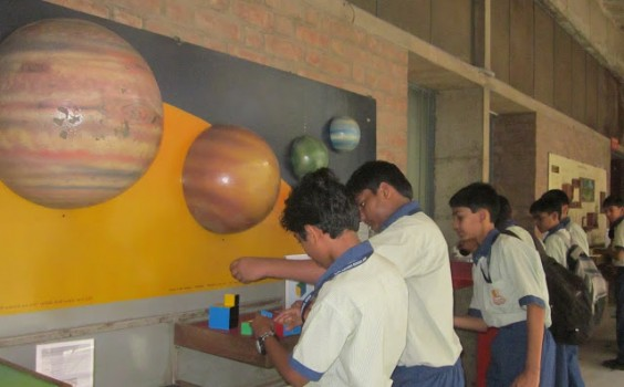 Vikram-Sarabhai-Science-Center-Class-VIII-564x350.jpg