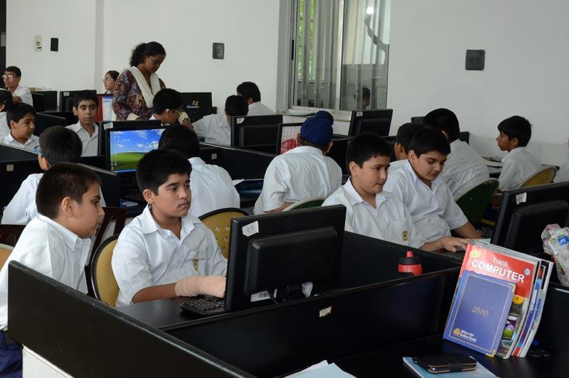 computer-laboratory.jpg