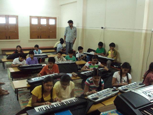 Keyboard1_JPG.jpg