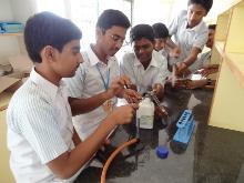 chemistrylab1.jpg