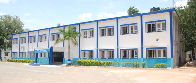 School-photo1.jpg