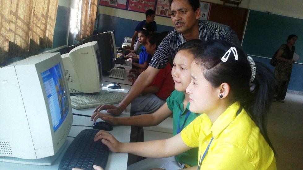 11_COMPUTER-LAB.jpg